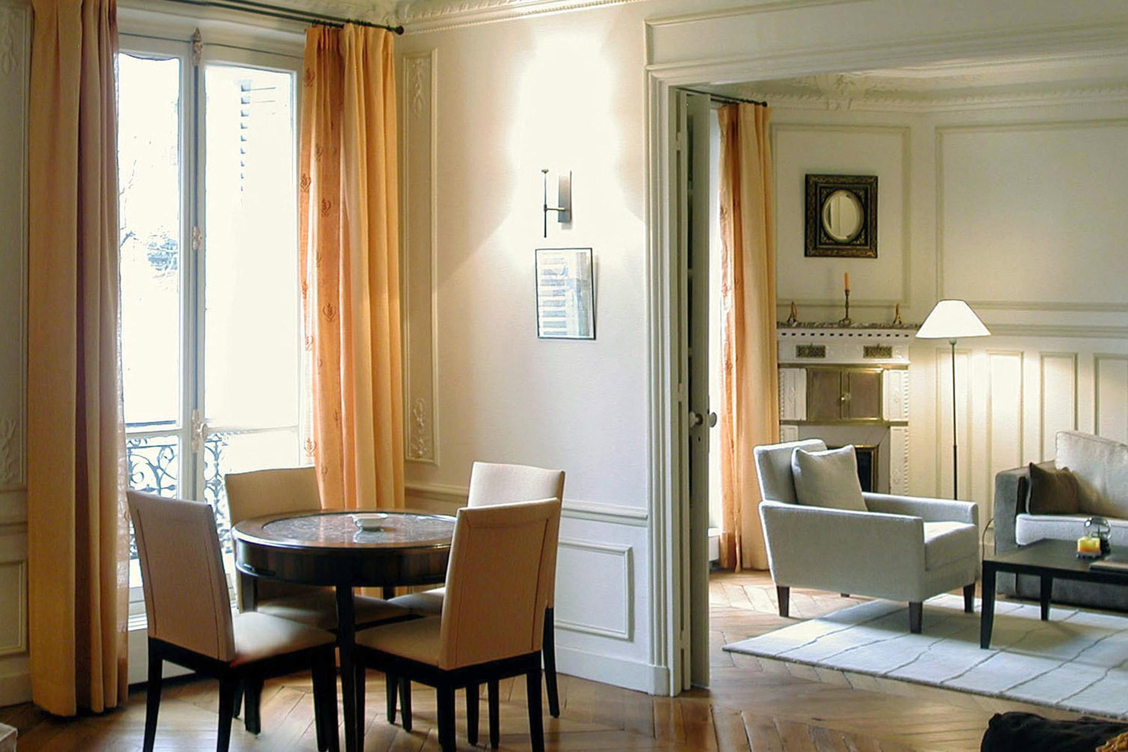 Architecte int rieur paris flora auvray for Salon uv paris